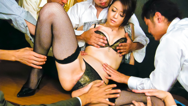 Hot Japanese chick Hojo Maki man-handled - Jav HD Videos