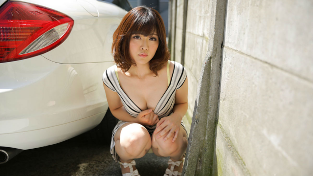 Caribbean 121515-045 - Tomoka Sakurai - I'll get excited and found compliant exposure wandering - Jav HD Videos