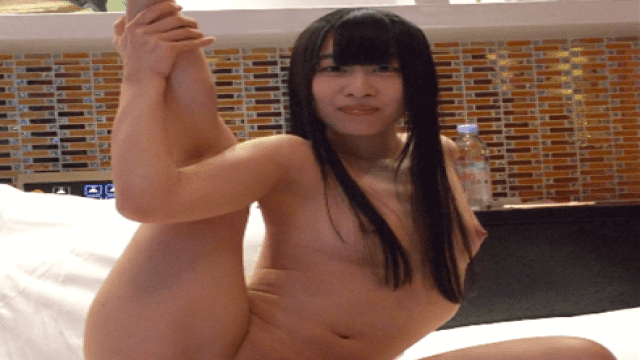 FC2 PPV 1066703 19 year old Izumi was dancing naked in active ballerina muscle Dance athlete part.3