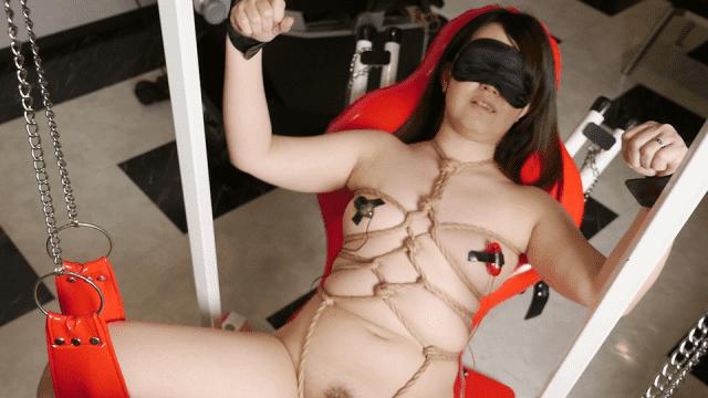 Pacopacomama 061819_113 Punipuni Mature blindfolded Torture Restraint caress