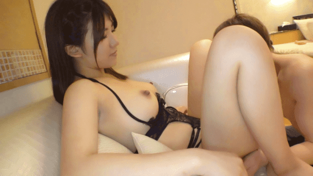 Yuka Indicate the sex toys used instructions and camera angle of a man in self produced FHD Prestige Premium 300NTK-243