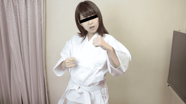10Musume 122919_01 Makoto Otsuka Or Defeated By The Molester Fighting Off Method Of Karate Beauty