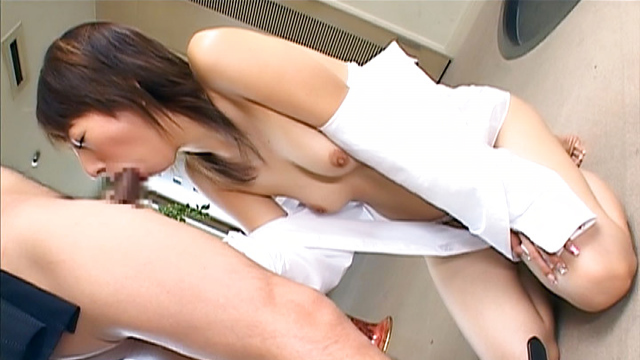 Cock sucking amateur milf enjoys jizz on tits and lips - Jav HD Videos