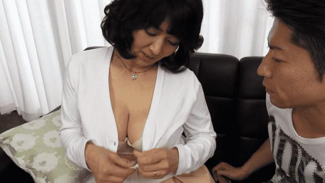 Mellow Moon YLW-4425 Japan Online The Busty Wife Next Door Is Too Unprotected Yoshie Mizuno Reiko Nakashima Mitsuko Shima Ue - Jav HD Videos