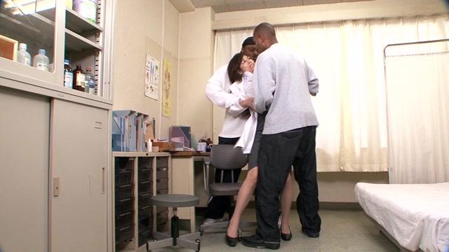 Global Media Entertainment UMD-016a 20 Busty MILF Gets Fucked In Black Rape Black Vol.4 - Jav HD Videos