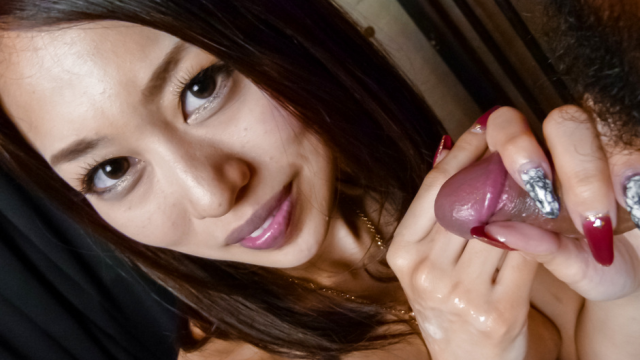 Japan Videos An Yabuki on her knees to give him an asian blowjob