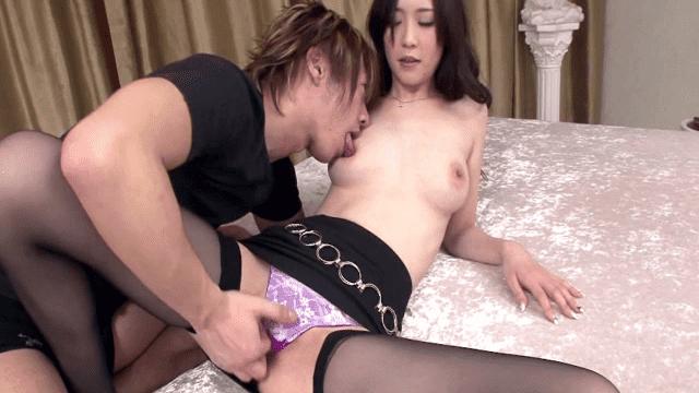 1Pondo 042611_080 Kotone Amamiya Neat and horny older sister First uncensored ban on closing - Jav HD Videos