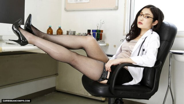 Japan Videos Caribbeancom 072215_286 Ryu Enami Beautiful Sleepy S Medical Pleasure Treatment of Female Doctor