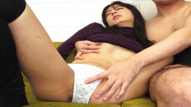 Takahide Juri loves her cunt fingered - Jav HD Videos