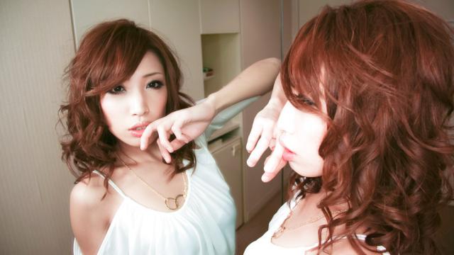 Gorgeous babe Aya gives a handjob and sloppy blowjob - Jav HD Videos