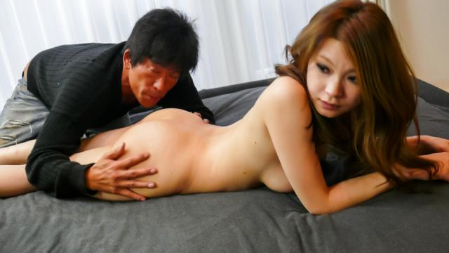 Busty MILF Arisa Kuroki gives asian blowjobs and rides cock - Jav HD Videos