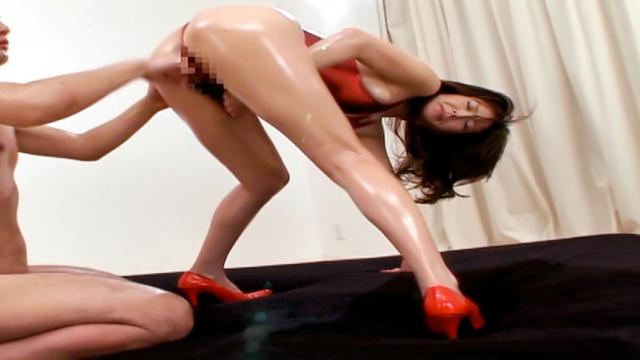 Reiko Sawamura gives a nasty foot job - Jav HD Videos