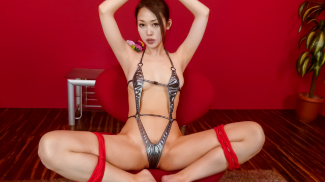 An Yabuki gives a japanese blowjob to two guys while in bondage - Jav HD Videos