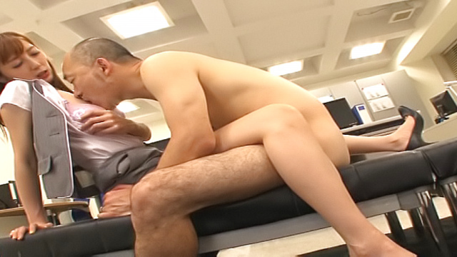 Japan Videos Horny stud loves Fuyutsuki Kaede wet hairy pussy