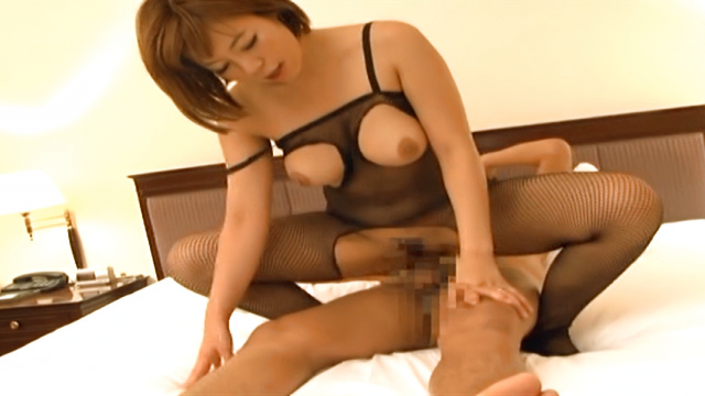 Japan Videos Sara Saijou, horny Japanese milf enjoys position 69